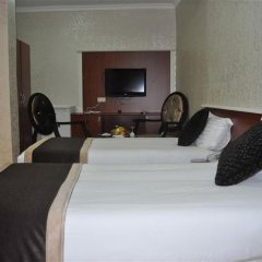 Preferred Hotel Old City Стамбул сейф в номере