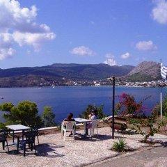 Отель Seaside Village Rooms Греция, Эгина - отзывы, цены и фото номеров - забронировать отель Seaside Village Rooms онлайн пляж