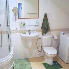 Отель Liena Cottages Юрмала ванная