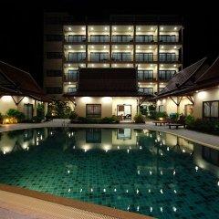 Отель Thai Boutique Resort бассейн