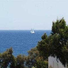 Отель Kafouros Hotel Греция, Остров Санторини - отзывы, цены и фото номеров - забронировать отель Kafouros Hotel онлайн пляж фото 2