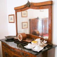 Отель Romantic Vatican Rooms Guesthouse в номере