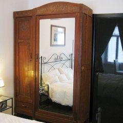 Отель Romantic Vatican Rooms Guesthouse комната для гостей
