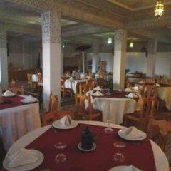 Отель Nadia Марокко, Уарзазат - отзывы, цены и фото номеров - забронировать отель Nadia онлайн питание