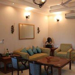 Отель OYO Premium Saket Индия, Нью-Дели - отзывы, цены и фото номеров - забронировать отель OYO Premium Saket онлайн интерьер отеля