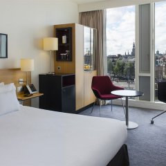 DoubleTree by Hilton Hotel Amsterdam Centraal Station 4* Улучшенный номер с различными типами кроватей фото 2