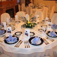 Отель Kis Helikon Relax & Luxury Villa Heviz Хевиз помещение для мероприятий