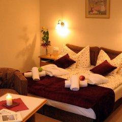 Отель Kis Helikon Relax & Luxury Villa Heviz Хевиз комната для гостей