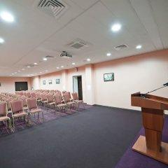 Гостиница Рамада Москва Домодедово конференц-зал