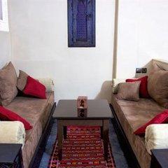 Отель Azoul Марокко, Уарзазат - отзывы, цены и фото номеров - забронировать отель Azoul онлайн комната для гостей фото 3
