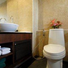 Отель Surin Gate ванная фото 2