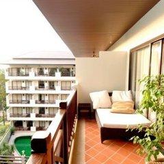 Отель Surin Gate балкон