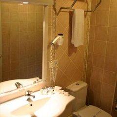 Uzun Jolly Hotel Турция, Анкара - отзывы, цены и фото номеров - забронировать отель Uzun Jolly Hotel онлайн ванная