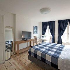 Отель Canal guesthouse since 1657 комната для гостей фото 2