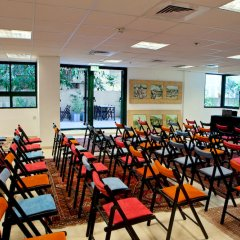The Diaghilev Live Art Suites Hotel конференц-зал фото 2