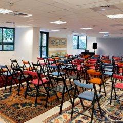 The Diaghilev Live Art Suites Hotel конференц-зал фото 4