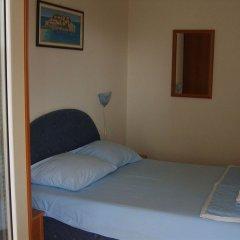Отель Lyon Apartments Черногория, Будва - отзывы, цены и фото номеров - забронировать отель Lyon Apartments онлайн сейф в номере