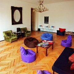 Opera Rooms & Hostel Tbilisi интерьер отеля