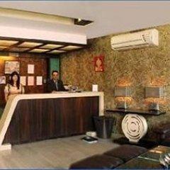 Отель Liv Inn - West Patel Nagar Индия, Нью-Дели - отзывы, цены и фото номеров - забронировать отель Liv Inn - West Patel Nagar онлайн интерьер отеля фото 2