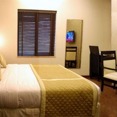 Отель Liv Inn - West Patel Nagar Индия, Нью-Дели - отзывы, цены и фото номеров - забронировать отель Liv Inn - West Patel Nagar онлайн комната для гостей фото 5