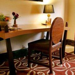 Отель The Indravan Индия, Нью-Дели - отзывы, цены и фото номеров - забронировать отель The Indravan онлайн удобства в номере