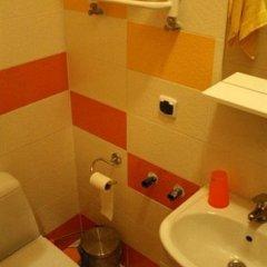 Гостиница The Georgehouse Хостел Украина, Львов - 2 отзыва об отеле, цены и фото номеров - забронировать гостиницу The Georgehouse Хостел онлайн ванная фото 3
