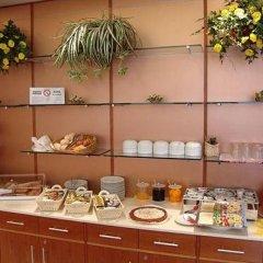 Отель Riviera Италия, Сеграте - отзывы, цены и фото номеров - забронировать отель Riviera онлайн питание