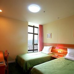 Отель Home Inn (Hangzhou Binwen Road Baimahu University City) детские мероприятия фото 2