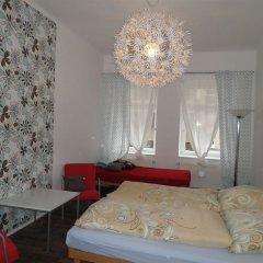 Отель B&B Hostel Elisa Германия, Лейпциг - отзывы, цены и фото номеров - забронировать отель B&B Hostel Elisa онлайн комната для гостей