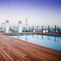Hotel Málaga Nostrum бассейн