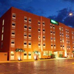 Отель City Express Junior Cancun Мексика, Канкун - отзывы, цены и фото номеров - забронировать отель City Express Junior Cancun онлайн вид на фасад фото 2