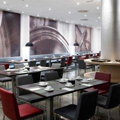 Отель NH Barcelona Diagonal Center ресторан фото 2
