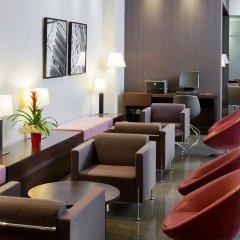 Отель NH Barcelona Diagonal Center лобби фото 3