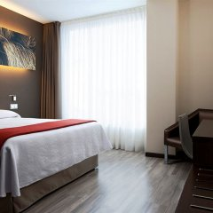 Отель NH Barcelona Diagonal Center комната для гостей