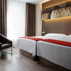 Отель NH Barcelona Diagonal Center комната для гостей фото 2