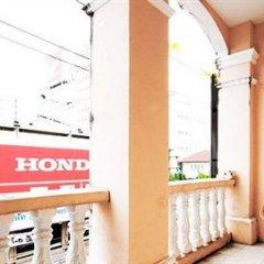 Отель Inn Town Guesthouse Таиланд, Пхукет - отзывы, цены и фото номеров - забронировать отель Inn Town Guesthouse онлайн балкон