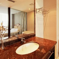 Отель Starway Oriental Relax Hotel Beijing Китай, Пекин - отзывы, цены и фото номеров - забронировать отель Starway Oriental Relax Hotel Beijing онлайн ванная фото 2