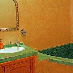 Отель Riad Verus Марокко, Фес - отзывы, цены и фото номеров - забронировать отель Riad Verus онлайн ванная фото 2