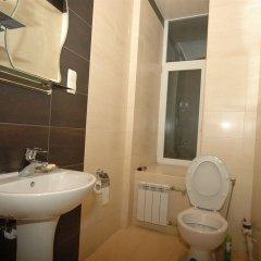 Гостиница Malon Apartments Украина, Харьков - отзывы, цены и фото номеров - забронировать гостиницу Malon Apartments онлайн ванная