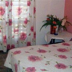 Greek House Hotel сейф в номере