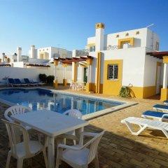 Отель Villa Golfinho Португалия, Албуфейра - отзывы, цены и фото номеров - забронировать отель Villa Golfinho онлайн бассейн