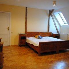 Гостиница Hostel Family House Украина, Львов - 7 отзывов об отеле, цены и фото номеров - забронировать гостиницу Hostel Family House онлайн комната для гостей