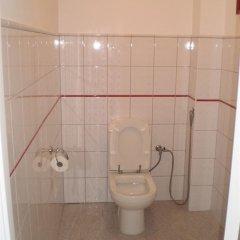 Гостиница Hostel Family House Украина, Львов - 7 отзывов об отеле, цены и фото номеров - забронировать гостиницу Hostel Family House онлайн ванная фото 2
