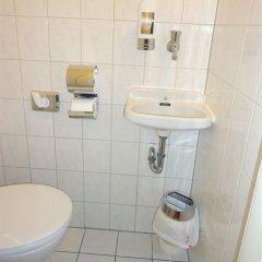 Отель BEJUNA Германия, Дюссельдорф - отзывы, цены и фото номеров - забронировать отель BEJUNA онлайн ванная фото 3