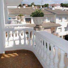 Отель Apartamentos Las Americas Испания, Бланес - отзывы, цены и фото номеров - забронировать отель Apartamentos Las Americas онлайн балкон