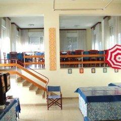 Отель Villa Derna Римини интерьер отеля фото 3