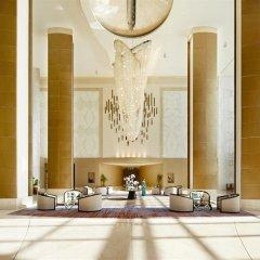 Отель Fairmont Baku at the Flame Towers интерьер отеля