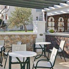 Отель Golden Sun Studios & Apartments Греция, Остров Санторини - отзывы, цены и фото номеров - забронировать отель Golden Sun Studios & Apartments онлайн гостиничный бар