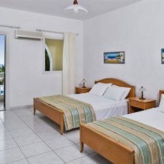 Апартаменты Golden Sun Studios & Apartments комната для гостей