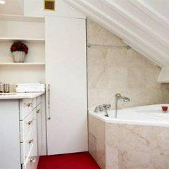 Отель Coeur de Paris - île de la Cite Париж ванная